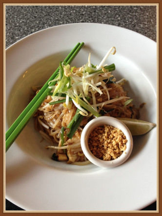 pad Thai with chicken $10.95
