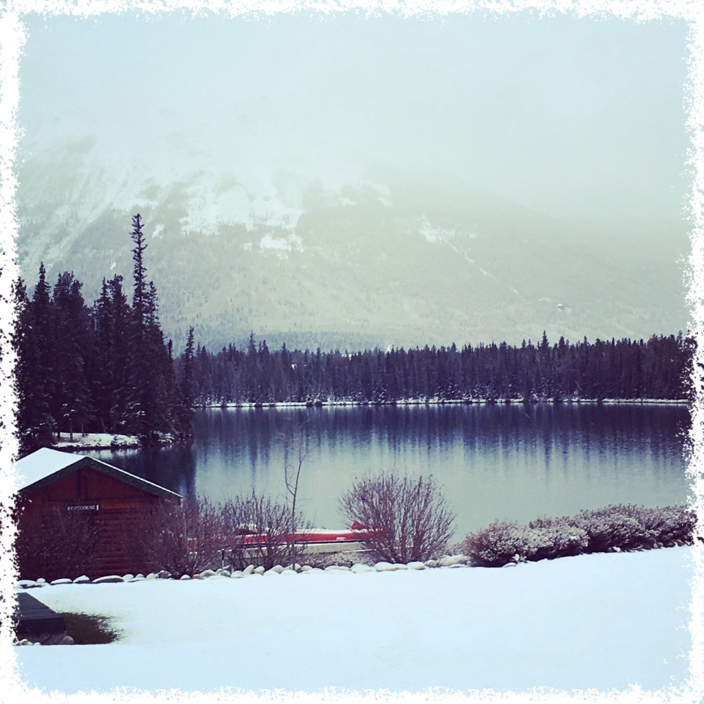 Peace. Tranquility. Canadiana. Christmas in November.