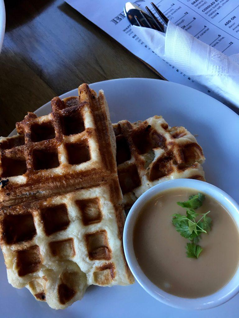 Liège waffle with caramel sauce